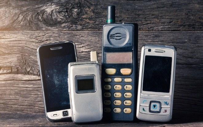 куда сдать старые телефоны